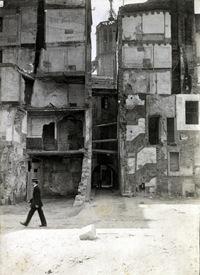 Obertura de la Vía Laietana. c. 1910, Frederic Ballell. Únicamente con la intención de ilustrar el post.