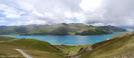 Lago Yamdrok-tso en GTibet