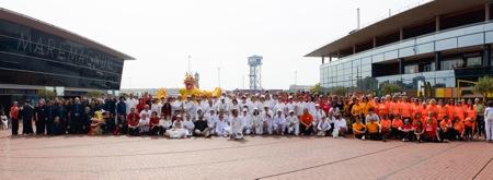 Los participantes de la maraton de Taichi